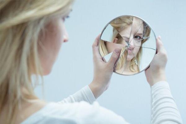 ¿Te preocupa excesivametne un defecto físico que tienes?